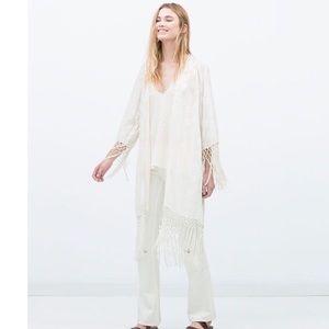Zara Off White Embroidered Fringe Kimono Medium